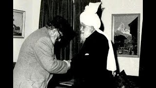 Prof  Dr. Abdus Salam the Persecuted Ahmadiyya Muslim Nobel Laureate