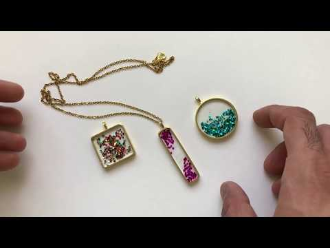 How to make resin jewelry in the brass frame with glitter