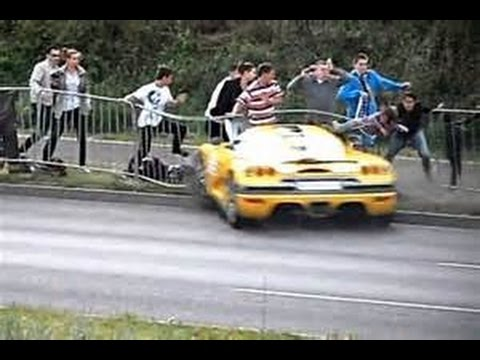 Supercar Crashes 2017