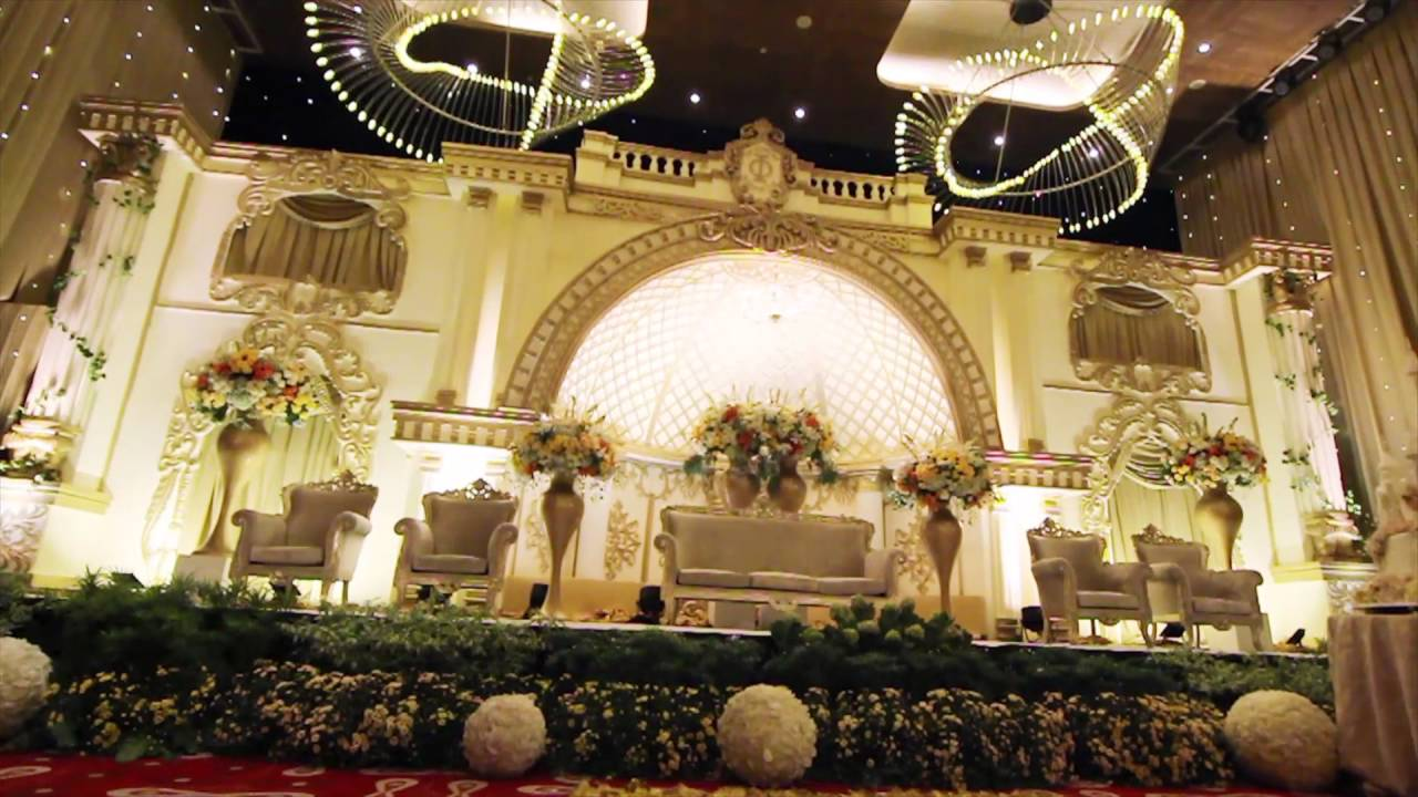 White pearl decoration double tree by hilton youtube white pearl decoration double tree by hilton junglespirit Images