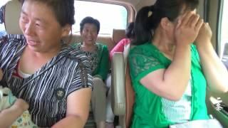 【原创】(71)东北农村大妈农忙季节接80岁母亲 回来刚走一半路程就掉眼泪!