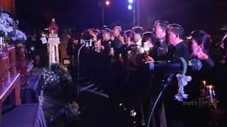 Repeat youtube video รวมกิจกรรมร้องเพลงสรรเสริญพระบารมี | 23-10-59 | น้อมถวายบังคม | ThairathTV