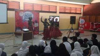 Tari Jaipong SMK MANDIRI Cirebon