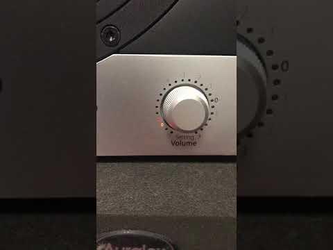 スピーカー SC207 / EVE AUDIO 音が出ない