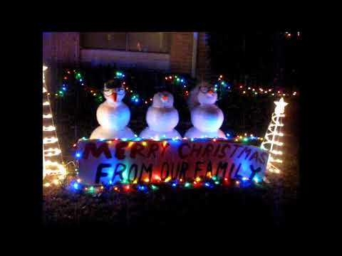 Frugal and Fun Outdoor Christmas Lights and  Displays