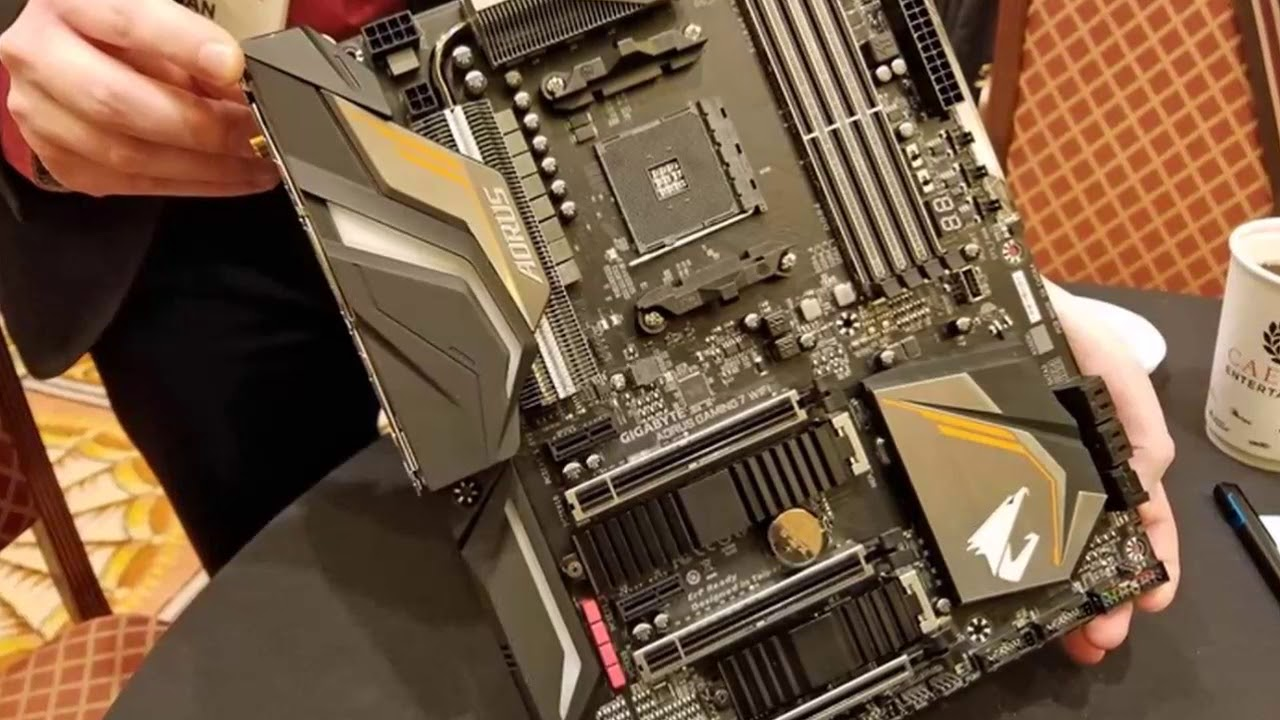 BREAKING NEWS !!! GIGABYTE X470 Aorus Gaming 5 and X470 Aorus Ultra Gaming  Pictured