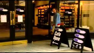 Black Books.  Уличная реклама конкурентов в действии.(, 2015-02-13T18:35:44.000Z)