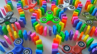 FIDGET SPINNERS VS DOMINOES thumbnail
