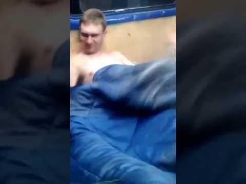 Парни голыщом зарядка видео фото 562-362