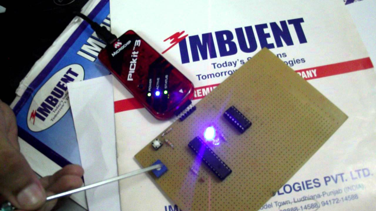 Imbuent Pic Microcontoller Adc Testing Microcontroller Without Circuit1 Beginners Guide Avr Programming Crystal Osc