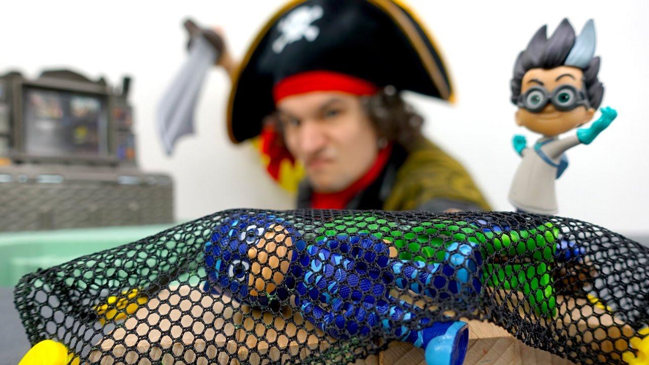 Герои в Масках отправились играть на пиратские острова ...