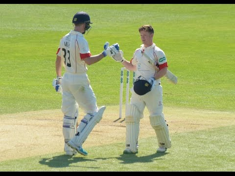 Highlights of Alex Davies' maiden First Class century