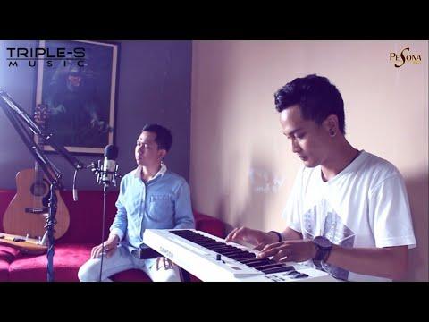 PESONA BAND - Aku Yang Terluka - Pesona Band ( Live PIano Version )