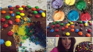 Cozinhando Algo: Bolo colorido arco-íris de M&M's Thumbnail