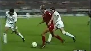 Franco baresi,franco baresi vs benfica,benfica,1990 european cup,1990 cup final,franco benfica in the 1990 final,franco,bares...