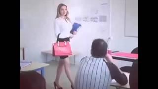 Когда сексуальная училка заходит в класс !!!! Ученики в шоке! !!!