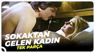 Sokaktan Gelen Kadın | Banu Alkan Eski Türk Filmi Tek Parça (Restorasyonlu)