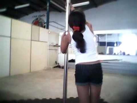 Bia 10 anos pole dance Lollipop Studio ( Prof Irene )