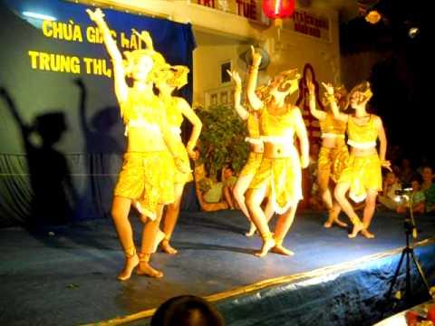 Điệu múa Astara của người dân tộc Khơ Me.