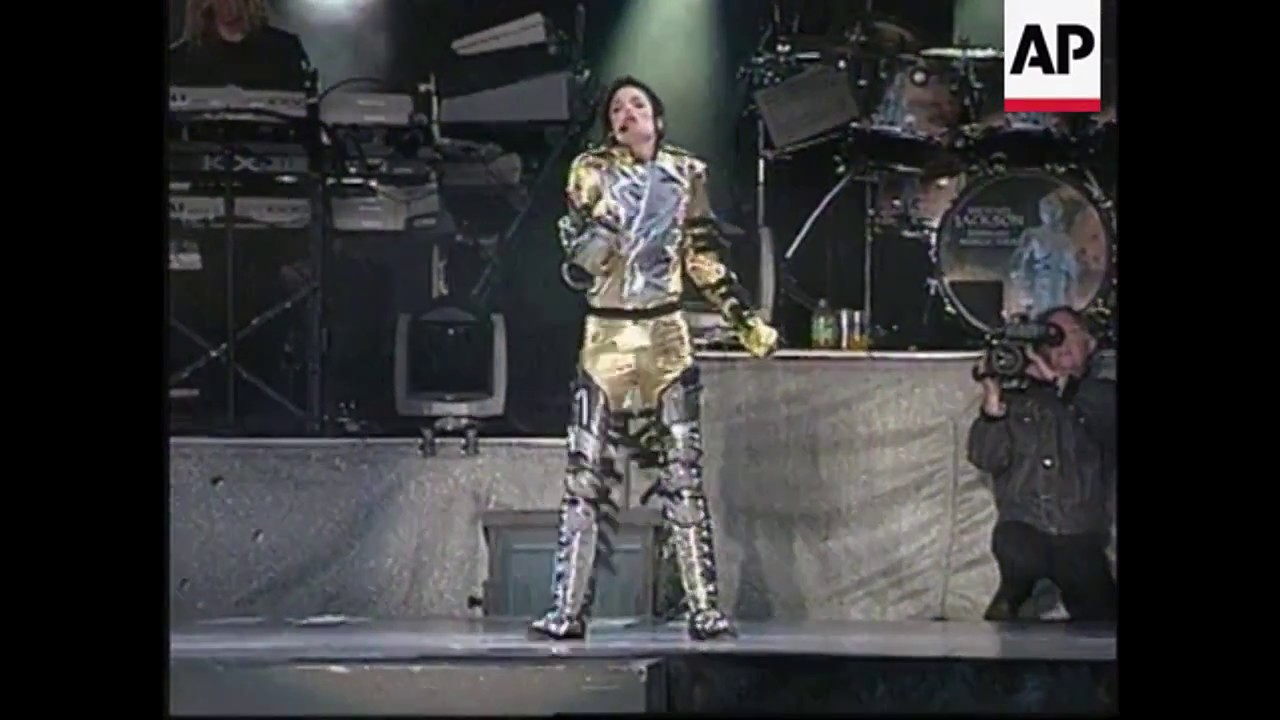 Download Michael Jackson - Scream - HIStory Tour Bremen 1997 - HQ [HD]