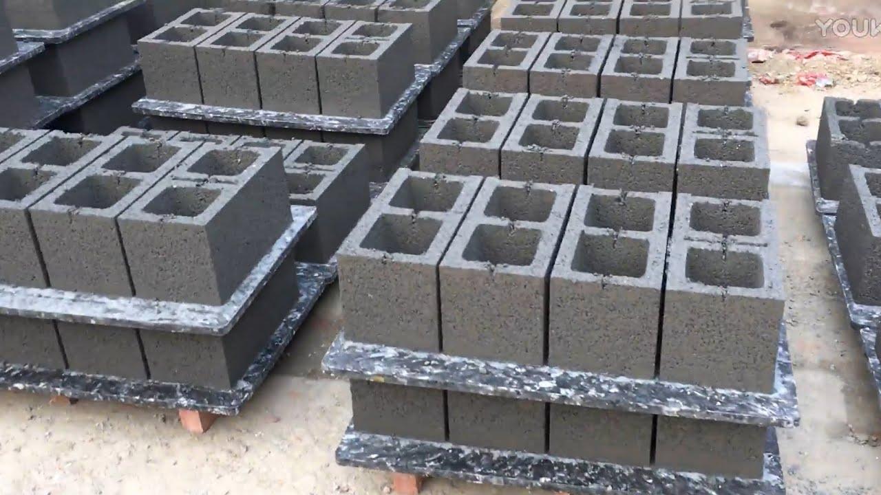 GiantLin price of QT4-25 automatic building cement concrete hollow block  making machine for sale