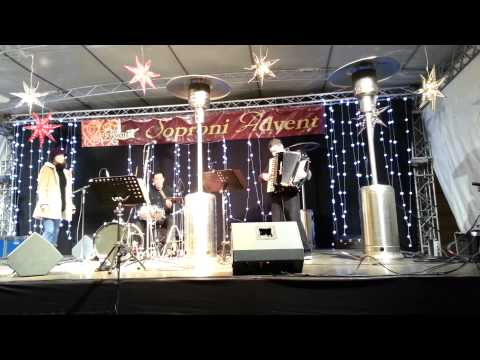 Déjà Vu Chanson Trio Advent