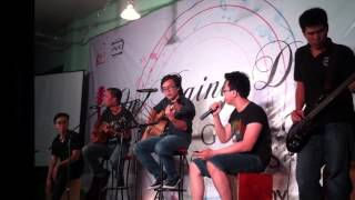 PTIT Guitar Club - Lối Thoát (Pip, Trung, Guppy, Gapi, Đạt) @ On Rainy Days