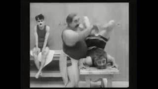 """Fisioterapia en 1917 """"Charles Chaplin The Cure"""""""