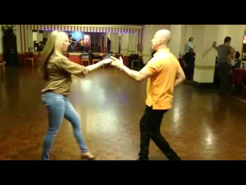 Mundo Latino UK - Salsa Class with Carlos Paz _ Improvers level 2 at The Kingston Dance Studio