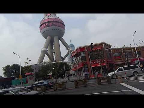 東方明珠塔 The Oriental Pearl TV Tower Of Shanghai