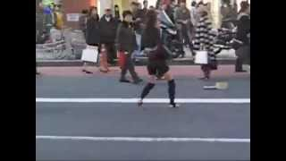 Japanese Street Dancer Woman to Darude Feat  Blake Lewis   I Ran Gareth Emery Remix