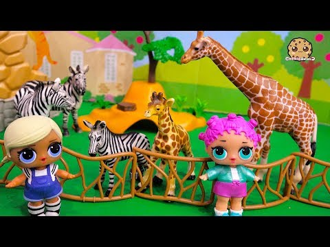Mom + Baby Animals ! LOL Surprise Dolls At Zoo ! Toy Video
