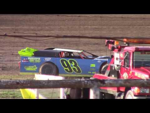 Hummingbird Speedway (6-10-17): Swanson Heavy Duty Truck Repair Semi-Late Model Heat Race #3