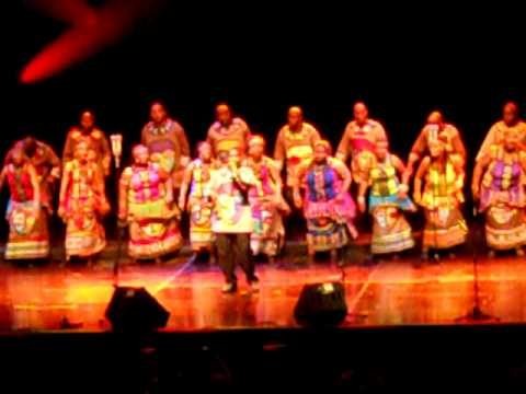 Soweto Gospel Choir - Madrid - Shosholoza