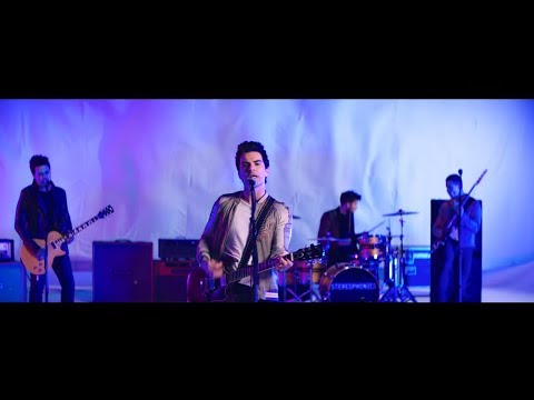 Stereophonics - Caught By The Wind (Official Video)