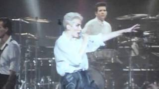 Eurythmics - right by your side ( live London 1986 )