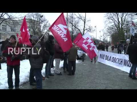 Poland: 'Yankees Go Home!' Activists Picket US Embassy Over Mass Military Buildup
