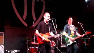 HUGH CORNWELL      Bring on the Nubiles