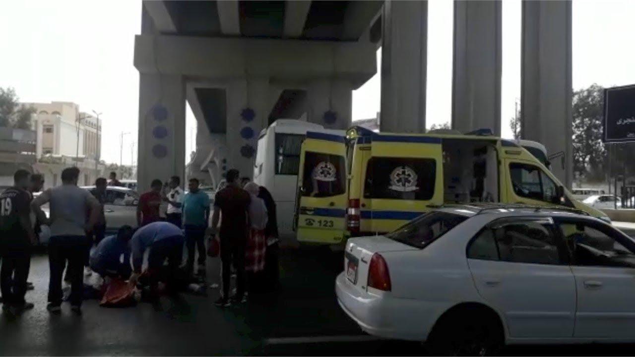 الوطن المصرية:زحام مروري وتجمع للمواطنين بعد إصابة سيدتين على طريق الاوتوستراد