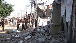 Blast kills at least 20, injures dozens in Pakistan
