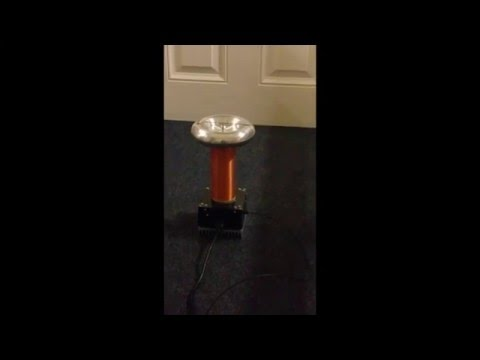 Tesla Coil,  Singing Dr Who.