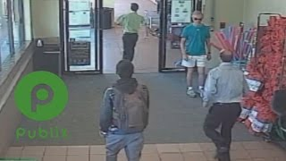 Video Publix Manager Disciplined For Chasing Down Purse Snatcher download MP3, 3GP, MP4, WEBM, AVI, FLV Agustus 2017
