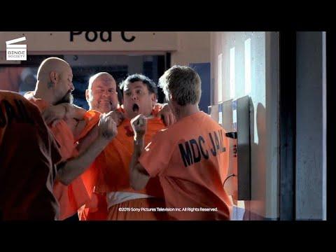 Download Breaking Bad Season 5: Episode 8: Murder in prison HD CLIP