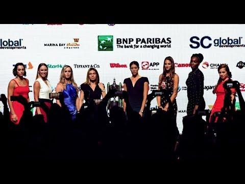 Gaya Busana Petenis WTA Singapura di Luar Lapangan
