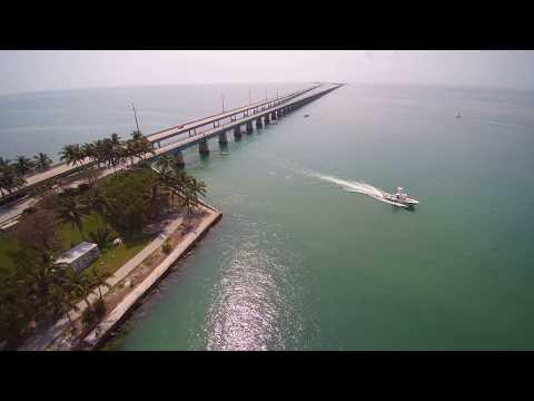 Seven Mile Bridge Overseas Highway Florida Keys Beach - Typhoon 4K Drone