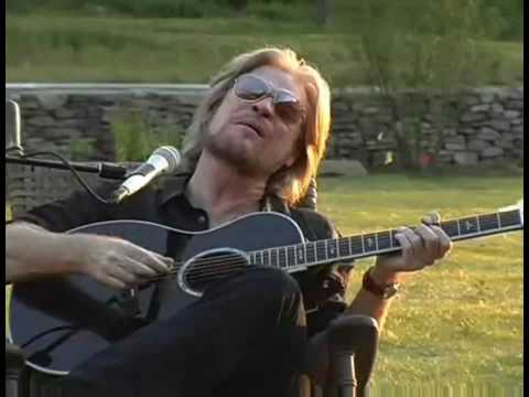 Aint No Sunshine  Daryl Hall with Finger Eleven
