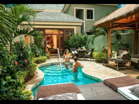 Ideas para peque as piscinas en patios y terrazas youtube Piscinas pequenas en patios pequenos