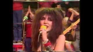 SANDII + THE SUNSETZ - DREAMS OF IMMIGRANTS-RAZZMATAZZ-1982