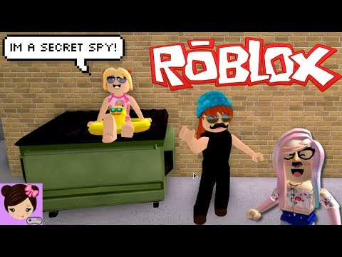 Roblox Spy Roleplay Fail - Goldie Gets Kidnapped -  Bloxburg Family Vlog |