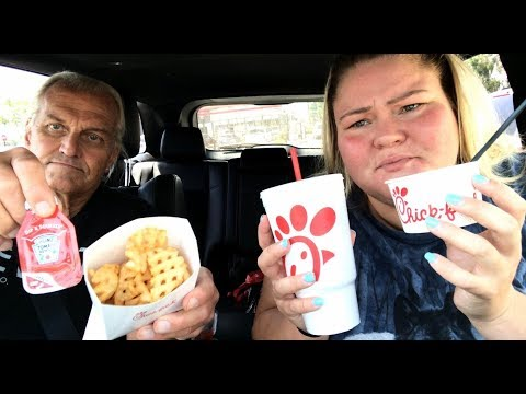 NEW Chick-fil-A Mac N Cheese REVIEW W/ My Tinder Date From Last Night!